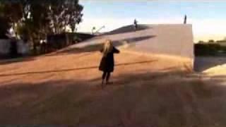 Прыжок Робби Мэдисона через Коринфский канал в Греции(, 2010-04-10T08:42:23.000Z)