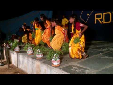 RDT Pathikonda Devanabanda(V),Group Dance