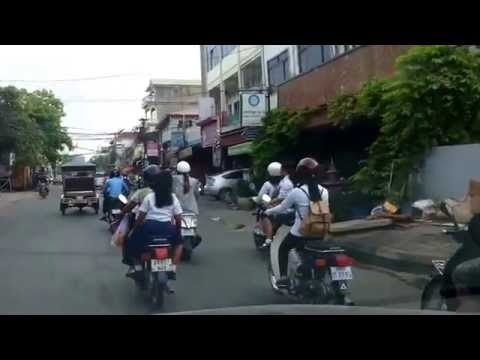 Asian Travel Takes You To Different Street Lifestyle In Phnom Penh