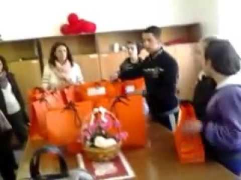 ndarja e dhuratave nga shkolla Ded Gjon Luli