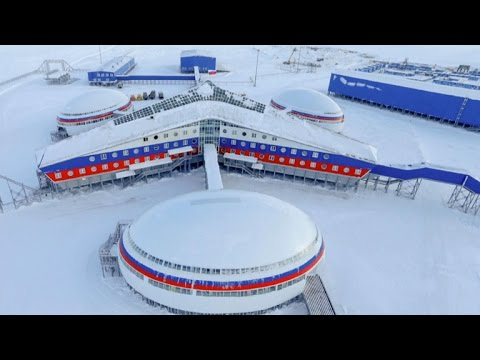 Russia stakes claim in Arctic with military base