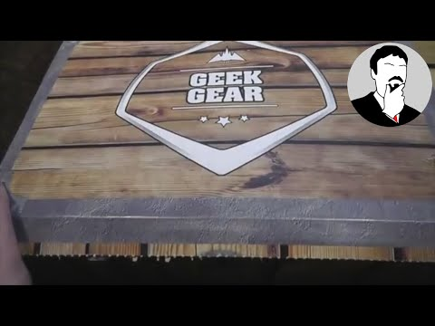 Geek Gear / Dollar Shave Club / Amazing Mystery Box / Munchpak March 2018 | Ashens thumbnail