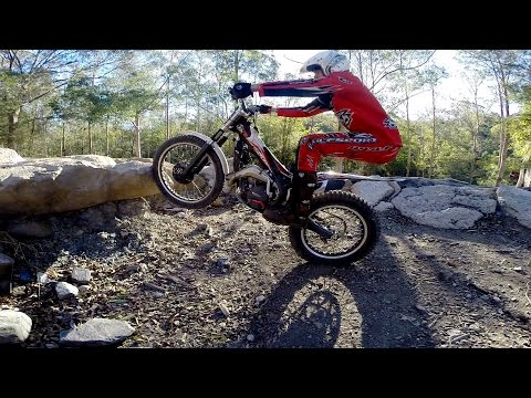 HOW TO BALANCE ON A TRIALS BIKE: mid-level trials training