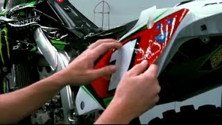Installing DCOR Graphics with Mike Williamson - TransWorld Motocross