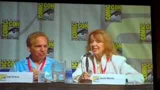 Video Judy Jetson at Comic Con 2010 download MP3, 3GP, MP4, WEBM, AVI, FLV November 2017