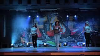 "Gambar cover Neha Bhasin & Vishal Dadlani - Swag Se Swagat (From ""Tiger Zinda Hai""). Dance video by Maria Budnik"