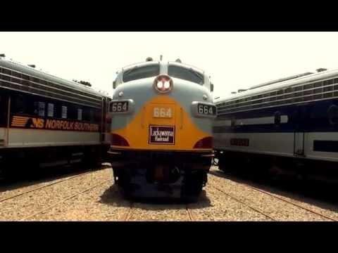 "Streamliner's Event ""Illinois Central"" & ""Lackawanna"""