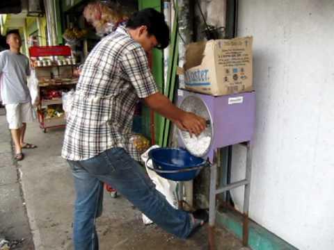 Coconut powder making