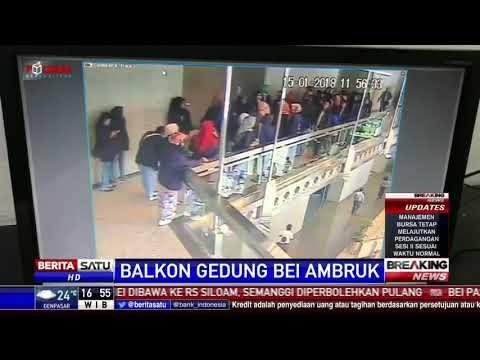 Image of Rekaman CCTV Detik-detik Balkon Gedung BEI Ambruk