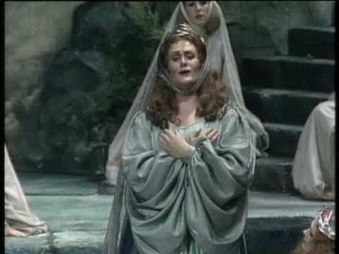 "Joan Sutherland ""Casta diva"" from ""Norma"""
