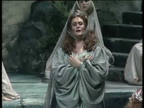 Joan sutherland casta diva from norma youtube - Casta e diva ...