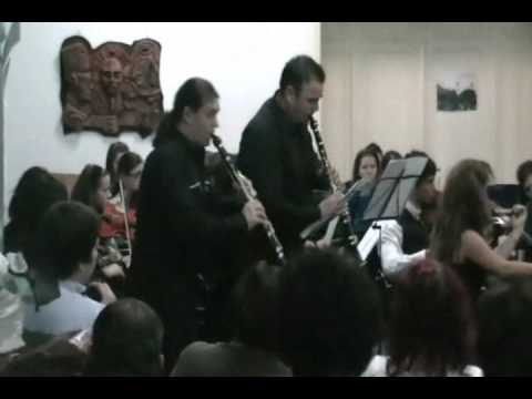 Mendelssohn-Concertpiece 1 for two clarinets.wmv