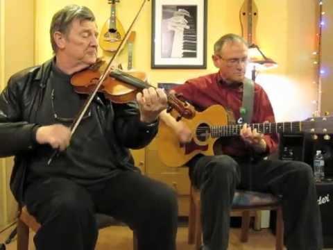 "Kevin Burke & Cal Scott ""The Doon Reel/The Reel of Mullinavat/Maud Miller"""