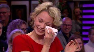 Maartje van de Wetering ontroerd door ouders - RTL LATE NIGHT