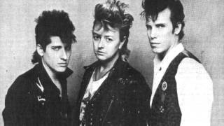 Stray Cats - High School Confidential