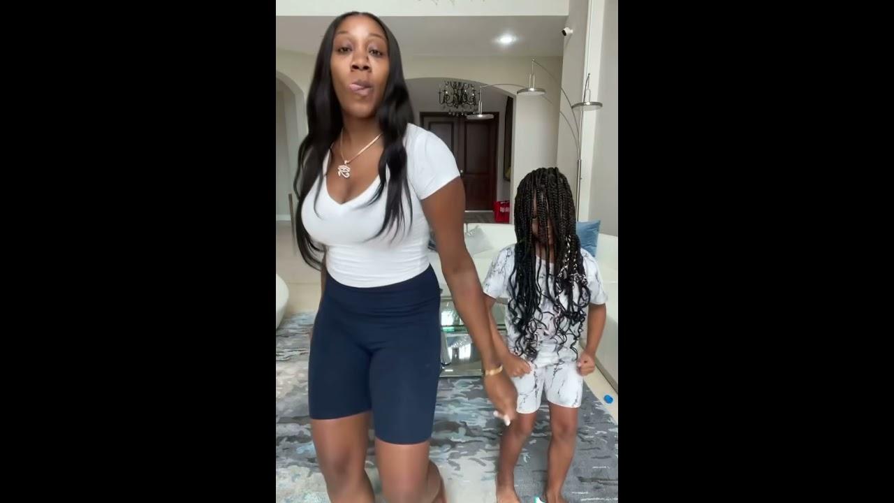 SHE MAKE IT CLAP DANCE CHALLENGE! Cali VS Mom | FamousTubeFamily #shorts