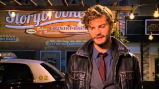 Once Upon A Time Season 1 - Jamie Dornan on working with a Wolf on Set