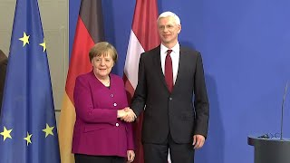 11.03.2019 - PK Angela Merkel & Krišjānis Kariņš - Antrittsbesuch Lettland / Orban EVP / AKK Macron