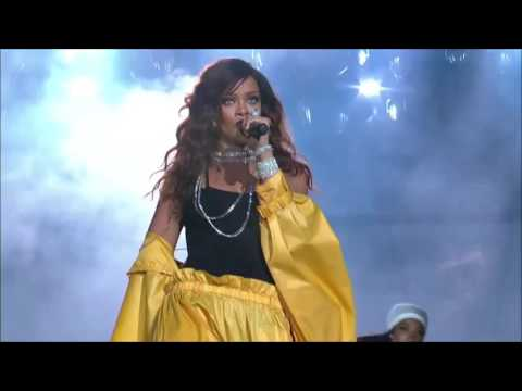 Rihanna - Phresh Out the Runway (Rock in Rio Brazil 2015) HD