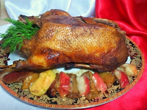 Рождественская утка запеченная с яблоками. Утка запеченная в рукаве