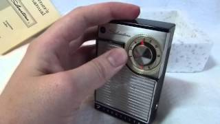 1963 Silvertone model 3208 Transistor radio (Made in USA)