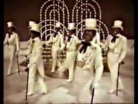 The Black & White Minstrels - A Dancing Tribute to Irving Berlin