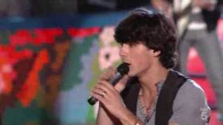 Jonas Brothers - World War III - Live at the Teen Choice Awards 2009 (TCAs 09)