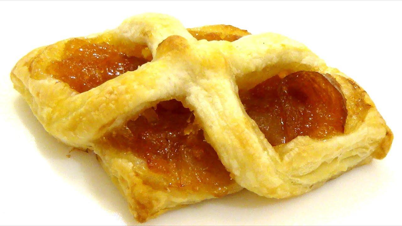 Красивые булочки из слоеного теста фото пошагово