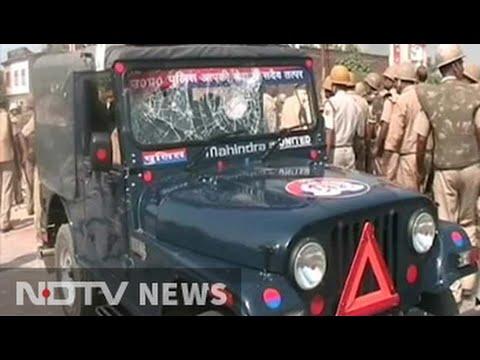 Protesters clash with police in Uttar Pradesh