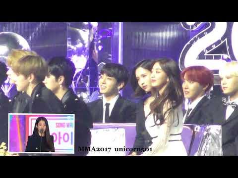 171202 BTS JUNGKOOK reaction to IU won songwriterawards speech