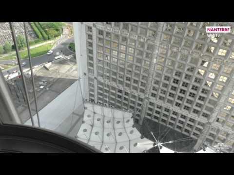 Sur le toit de la Grande Arche