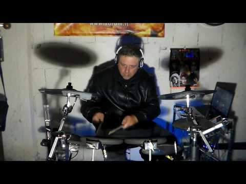 Funky slap bass arrangement of drum by Paolo Salvati