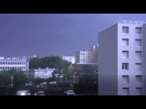 Orage Fort+impacts de foudre à Lyon le Samedi 22 Juillet 2017