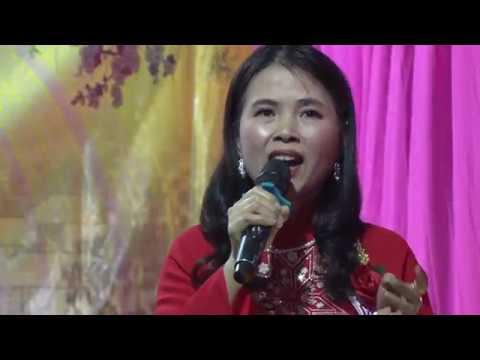 Xóm Trong thôn Hoan Ái tổ chức văn nghệ khánh thành nhà sắp lễ