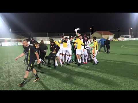 El Ribadumia celebra su histórica clasificación para la Copa del Rey