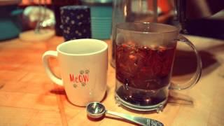 Making the perfect cup of tea with Teavana's Perfectea Tea Maker