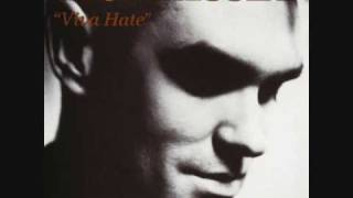 Morrissey - Late Night, Maudlin Street
