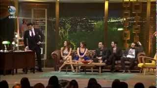Halil Sezai - Paramparça (Beyaz Show / 22 Kasım 2013)