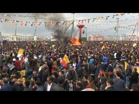 Kurdish festival goes on in Turkey's southeast despite tensions