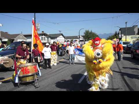 Royal Pacific's lion dance for Evelyn Lopez of Royal Pacific Realty realtor
