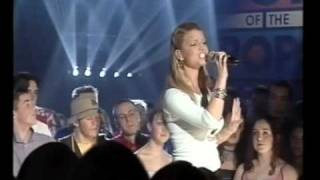 Jessica Simpson - I Wanna Love You Forever - live at Top Of The Pops 2000