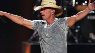 "Kenny Chesney on his favorite line from ""Setting the World on Fire"""