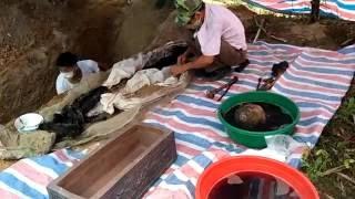 Bốc mộ cụ Tuyên - Tuyên Quang