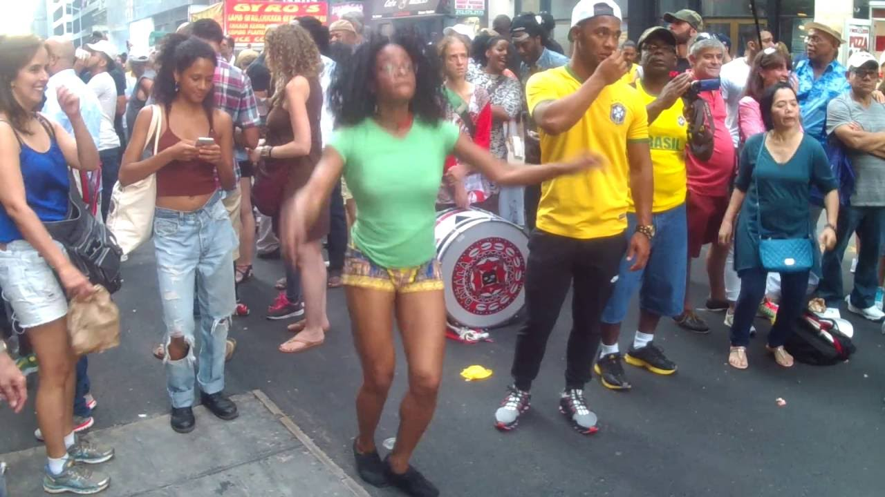 2 brazilian teens in action