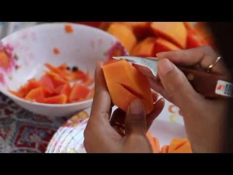 สอนแกะสลักผลไม้ ภาษาอังกฤษ Thai Fruit Carving แกะสลักมะละกอเป็นใบไม้