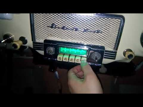 Volga GAZ 21 radio converted to play mp3 from usb flash and bluetooth