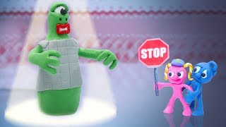 CLAY MIXER POLICE STOPS EXTRATERRESTRIAL ALIEN 💖 Play Doh Cartoons For Kids
