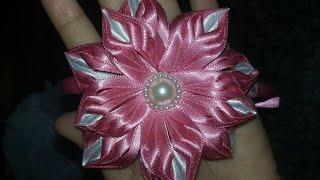 Flor de fita de cetim flor bela