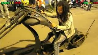 Reggae and Vespa, Forever and One - di Lagu PHP