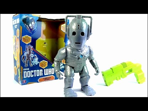 DOCTOR WHO Cyberman Attack Electronic Toy Review | Votesaxon07